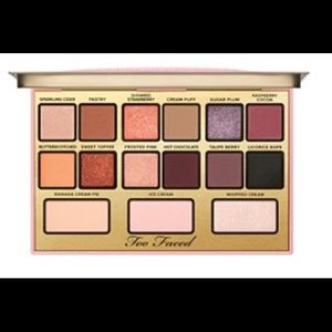 I love Kandee eyeshadow palette